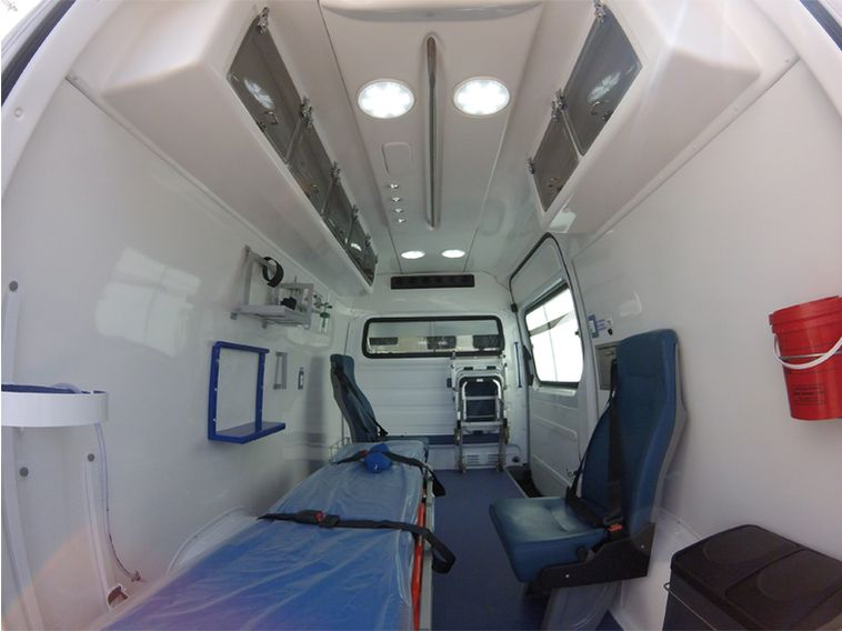 ambulancia carrocerias orejano interior